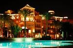 Hotel Grand Resort by night
